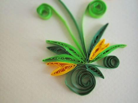 Tablou decorativ un design de hartiutze flori de toamna quilling decoratie carton simpla cu rama de lemn verde